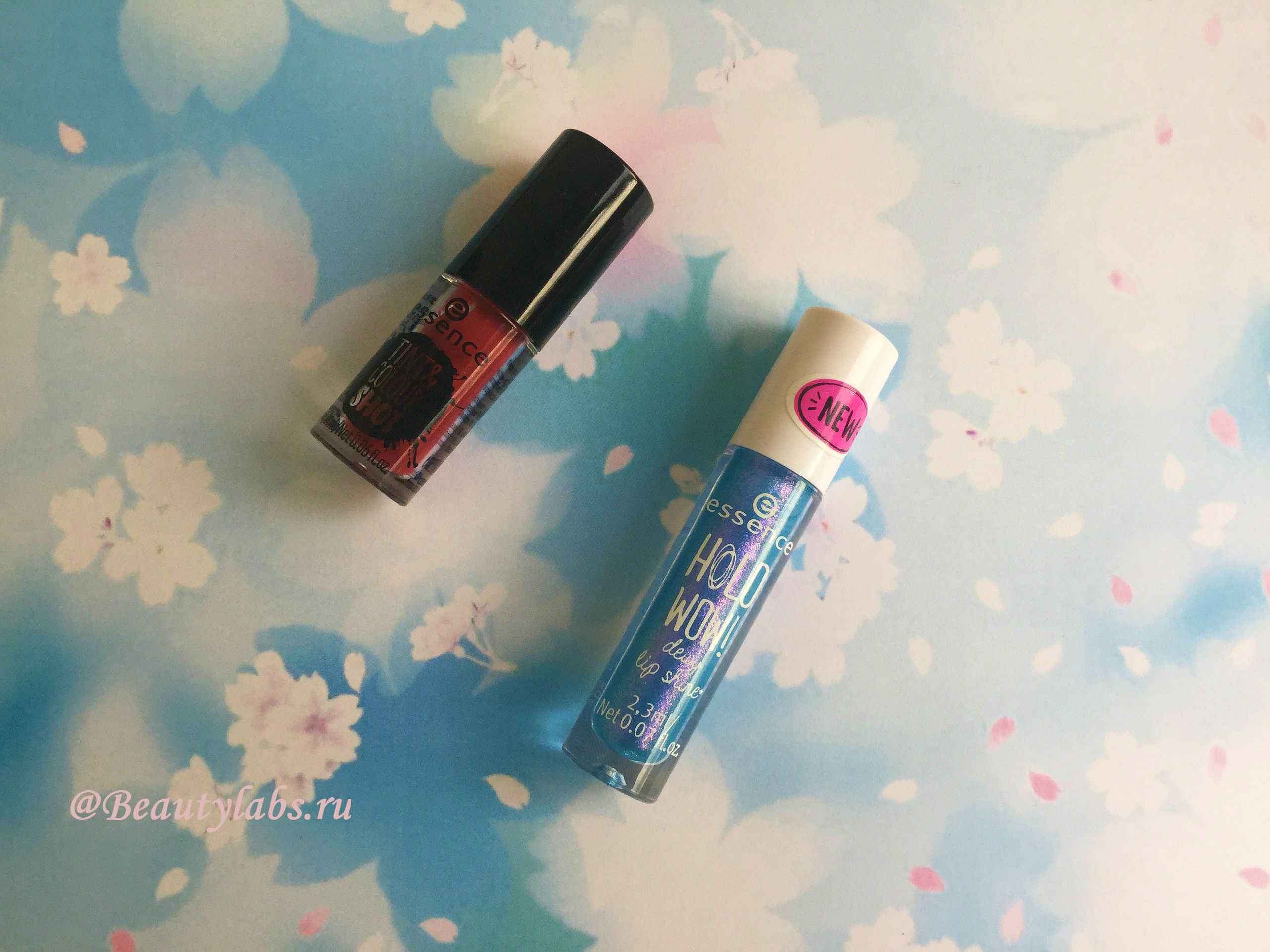 Блеск для губ Essence holo wow! dewy lip shine и тинт для губ Essence tint & colour shot